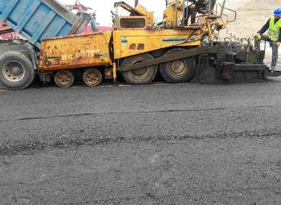 Construction of road and pavement by asphalt between Ein Rumadaniat and Assal Roads in Al-Sharqat